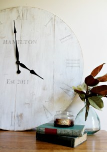 How to make a DIY Rustic Wooden Clock--full plans and tutorial to make your own with a personalized touch