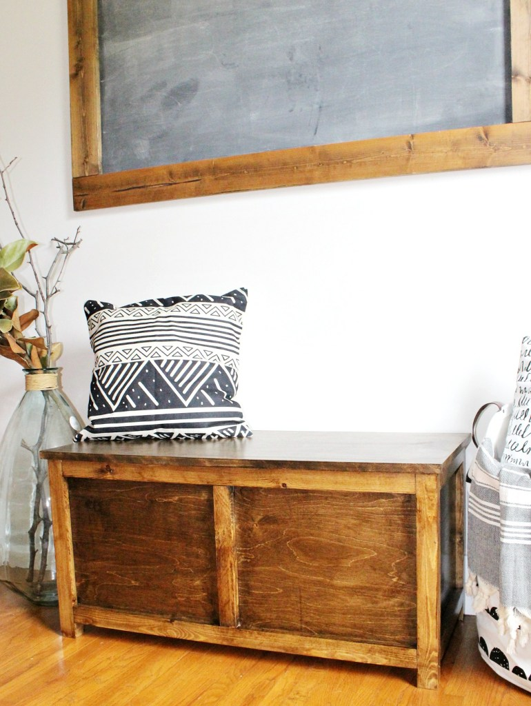DIY Simple Easy Storage Chest free building plans