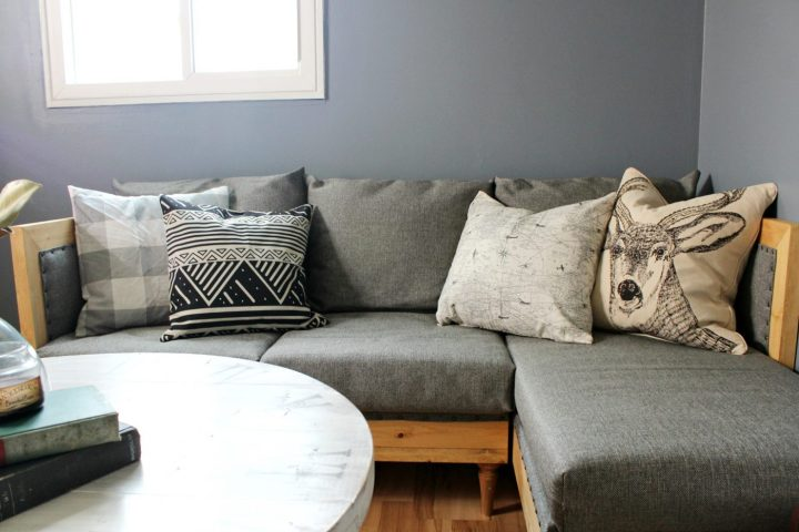 How to build and upholster your own couch--free building plans and upholstery tutorial to make your own custom couch