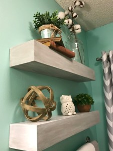 How to build a floating shelf without seams--take your DIY floating shelves up a notch!