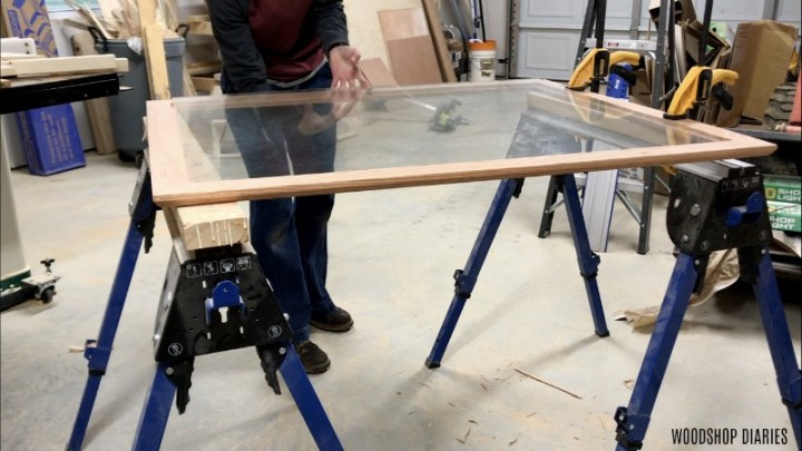 Placing glass onto picture frame rabbet