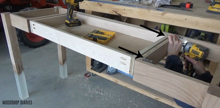 Attaching top of DIY desk with L brackets