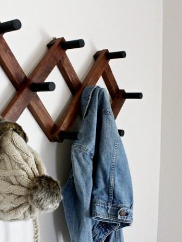 https://www.woodshopdiaries.com/diy-accordion-coat-rack/