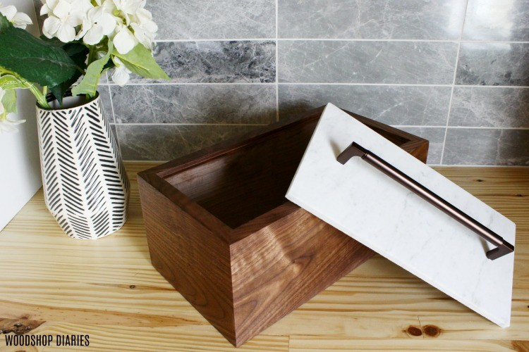 rectangle keepsake box with continuous grain and tile lid