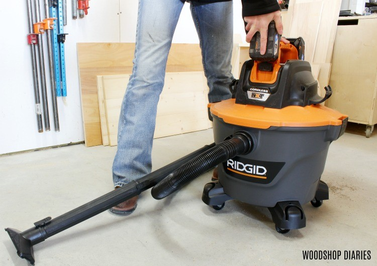 Installing battery pack into Ridgid cordless shop vacuum