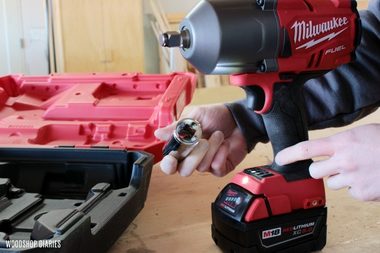 Milwaukee impact wrench has square drive to accept sockets