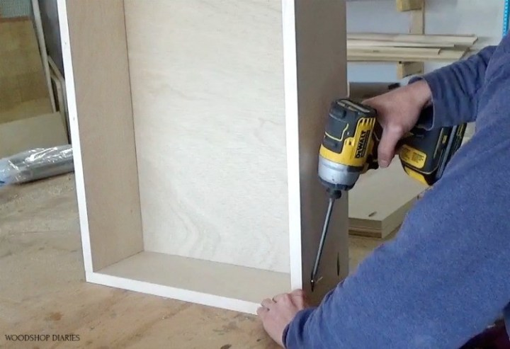Assembling drawer boxes with pocket holes and screws