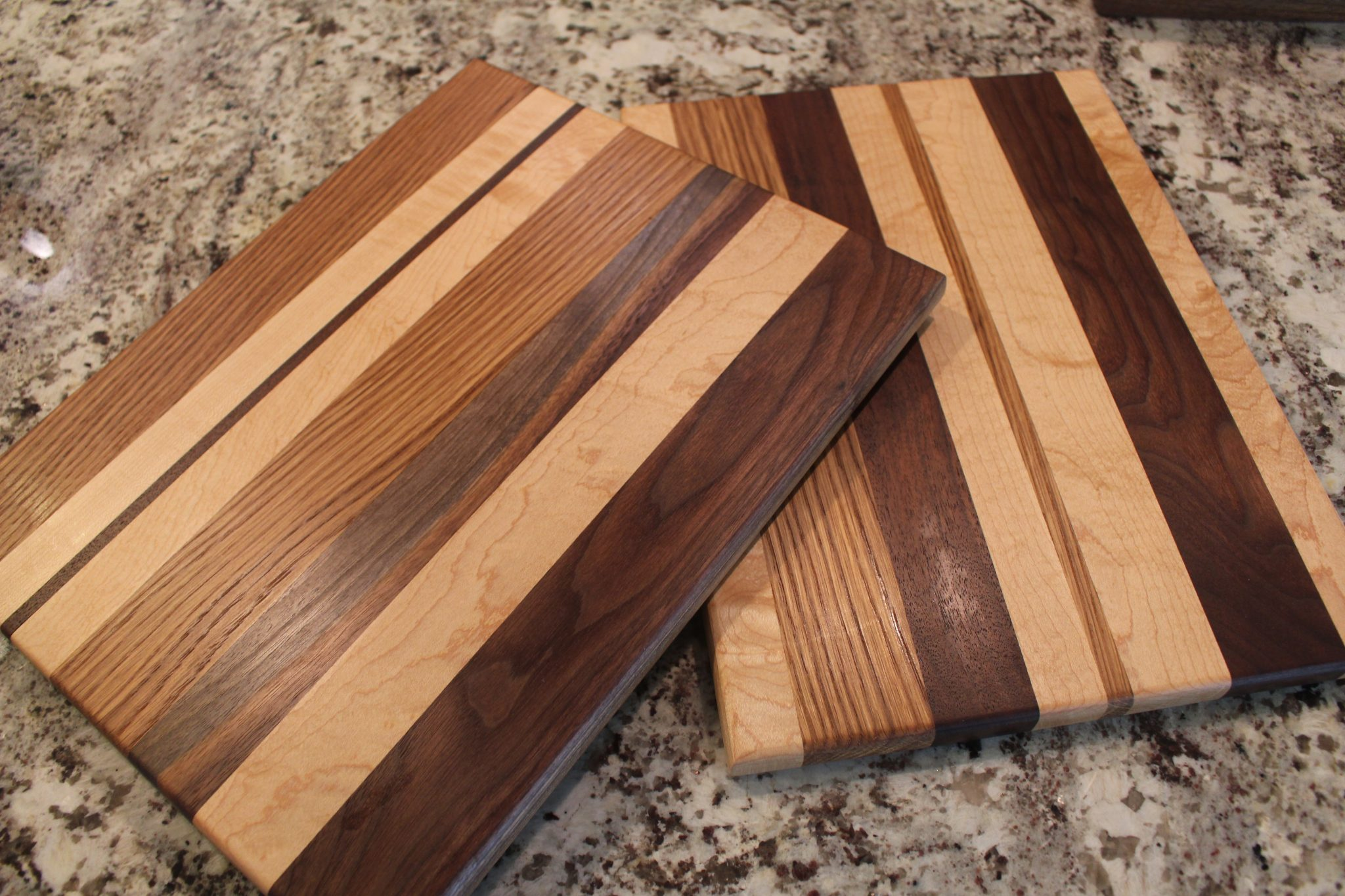 medium edge grain boards handcrafted cutting boards chopping boards. Black Bedroom Furniture Sets. Home Design Ideas