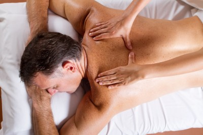Therapeutic back massage affects the whole body.