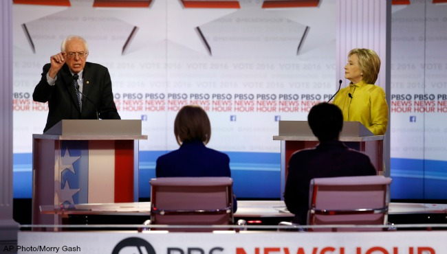 Bernie Sanders Hillary Clinton Democratic debate 021116 AP_189902
