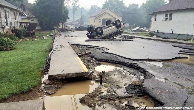 West Virginia flooding AP 062416_224868