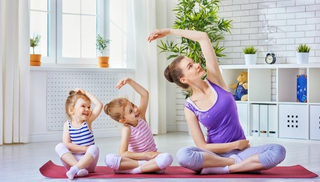 family yoga kids_51290