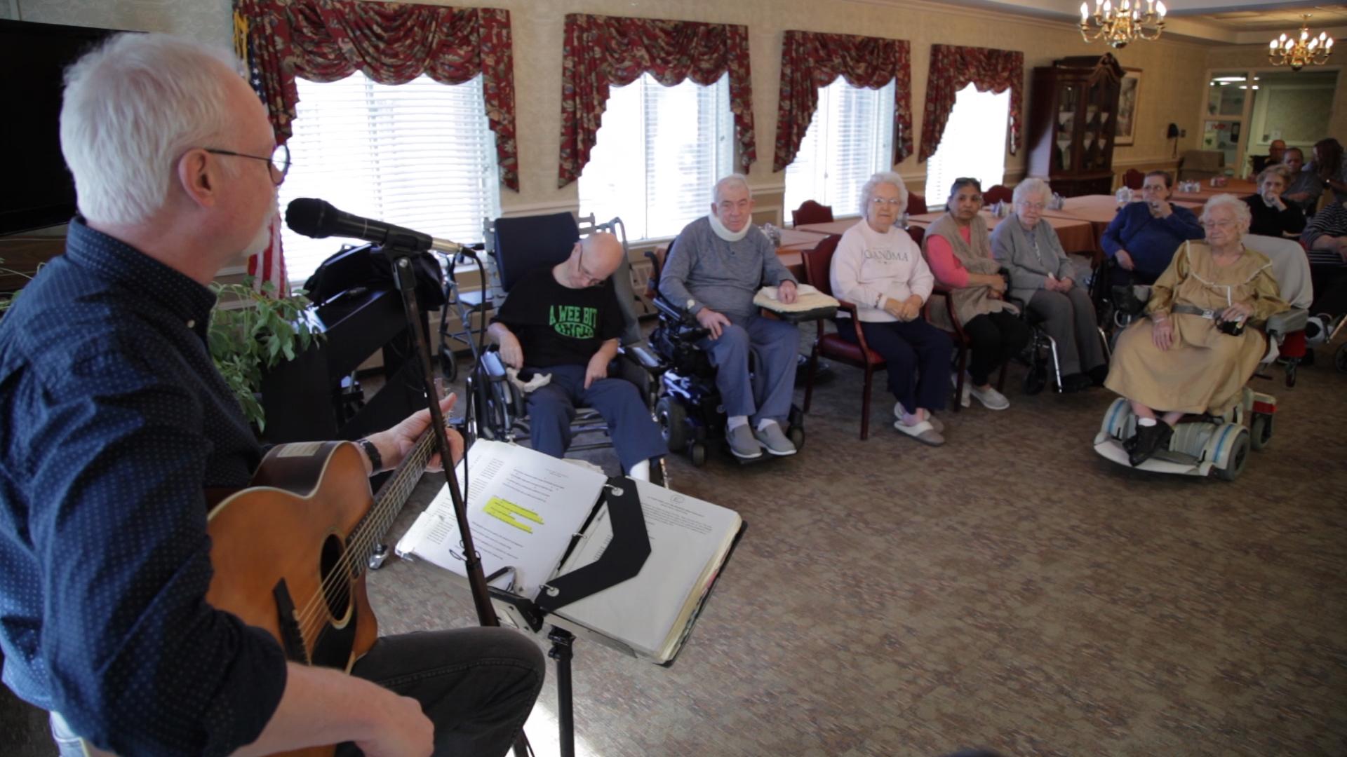 senior sing a long 2_309987