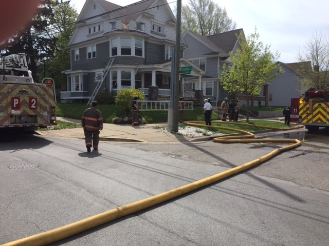 Grand Rapids house fire Kalamazoo Ave 042617_327678