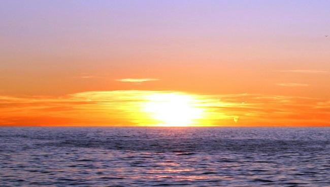 Lake Michigan water temperature still frigid despite warmup