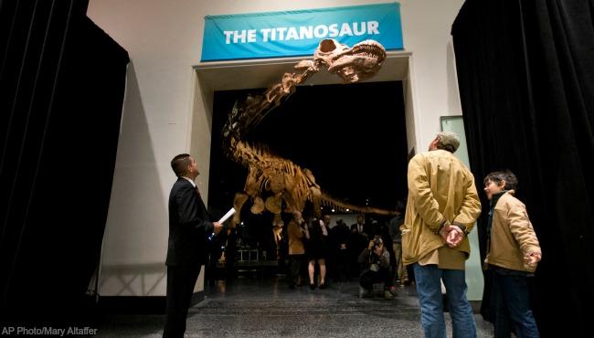 titanosaurs 080917_383026