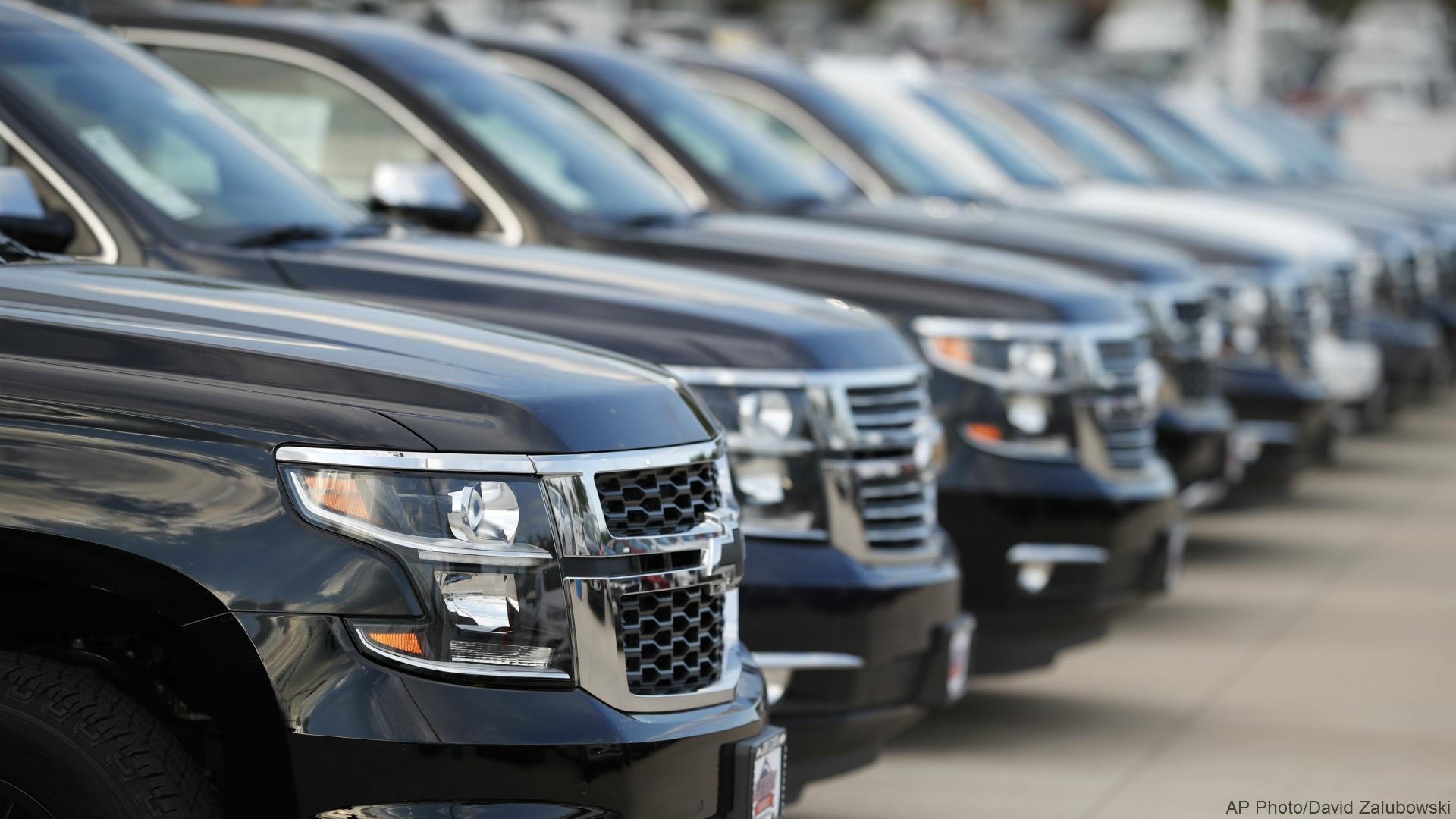 generic auto sales AP_1530661092343.jpg.jpg