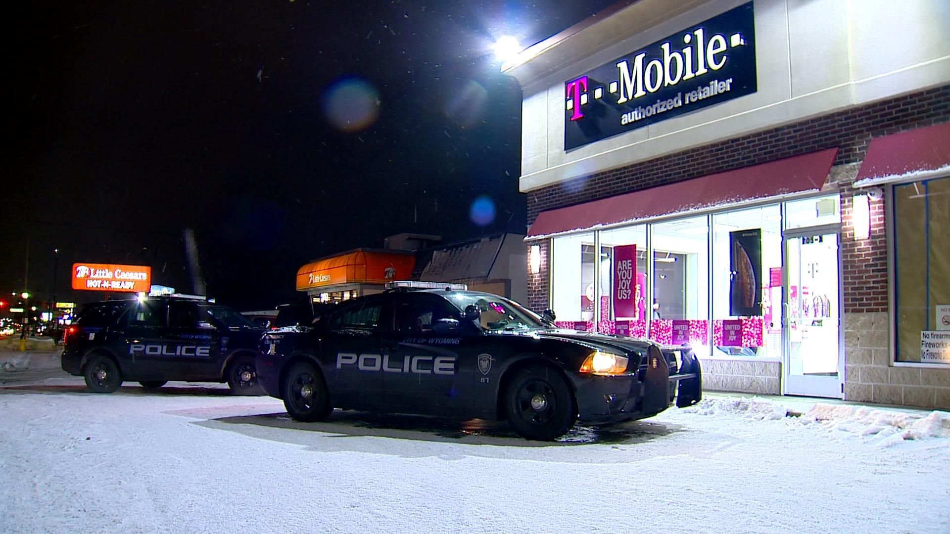 Wyoming T-Mobile robbery 112718_1543371523771.jpg.jpg