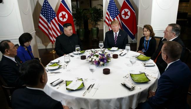 Donald Trump Kim Jong Un AP 022719 1_1551272663198.jpg.jpg