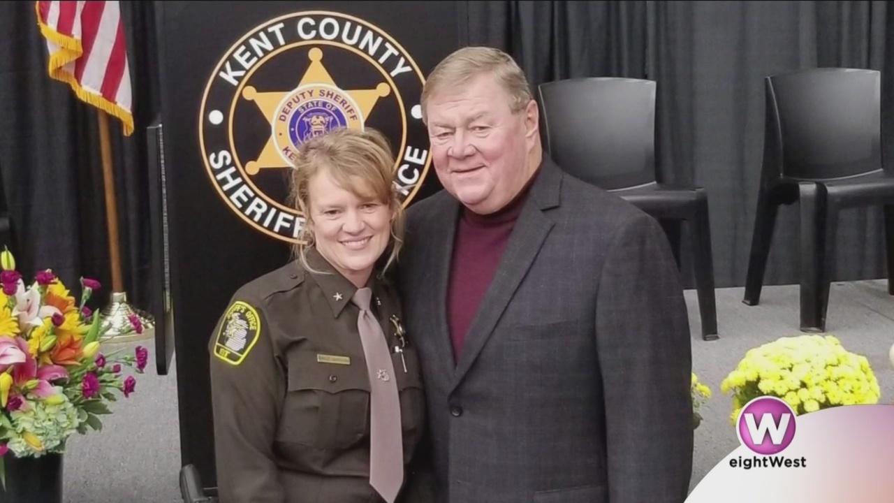 West_Michigan_sheriff_breaks_the_glass_c_9_20190325154725