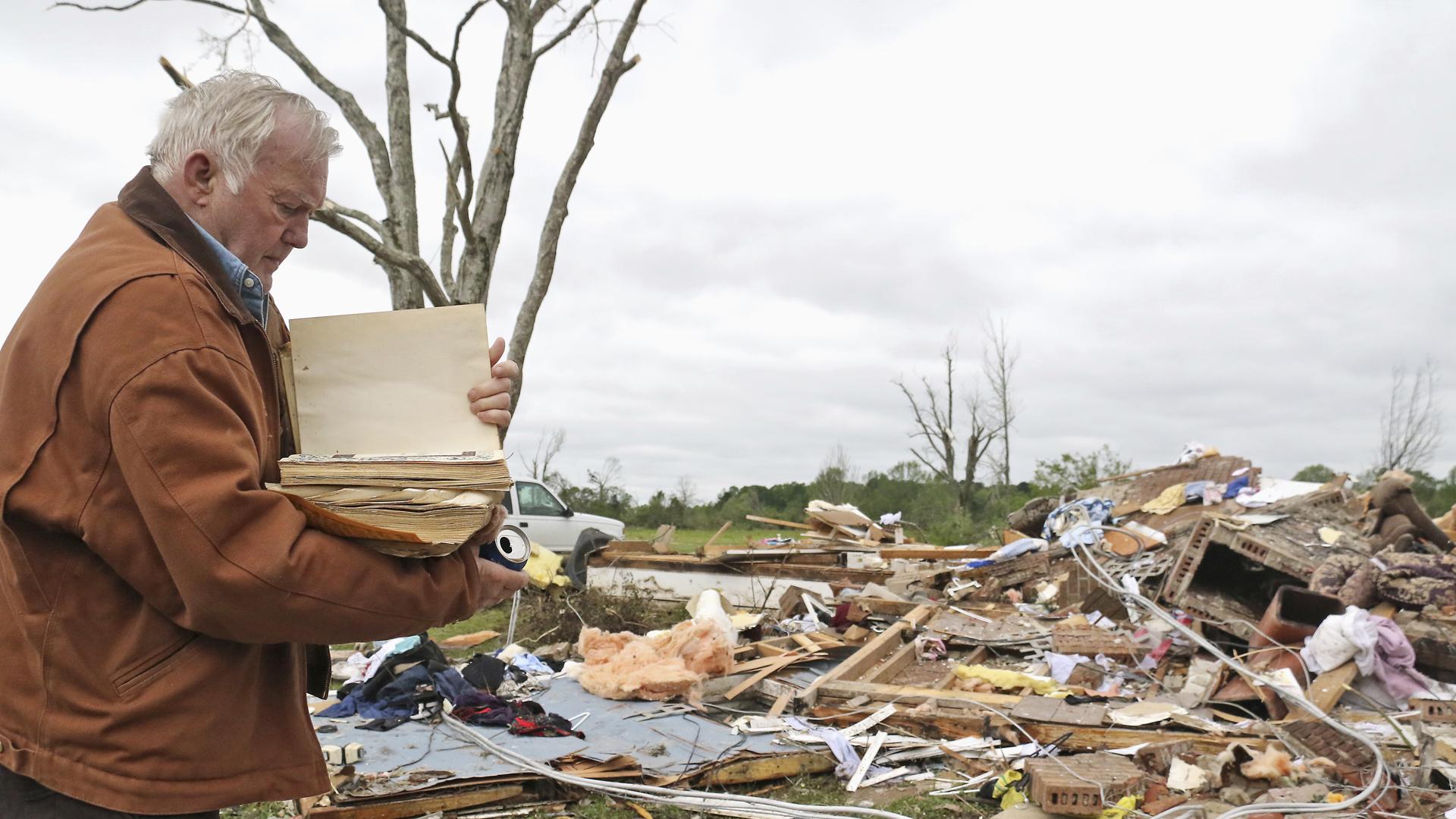 hamilton mississippi tornado 041419 AP_1555275849646