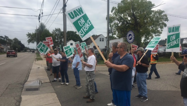 wyoming gm plant uaw strikers