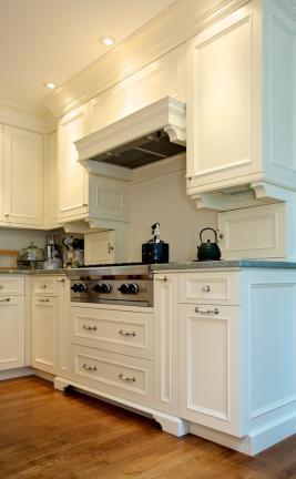 Painted European Kitchen Cabinet