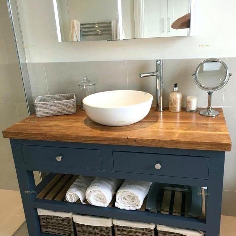 travail salle de bain en bois massif