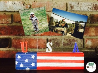 DIY Patriotic Photo Display