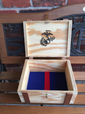 WoodyThings Keepsake Box Opened
