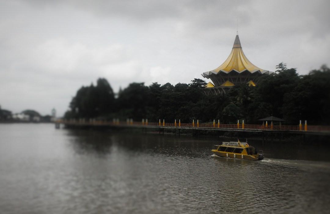 How to travel from Brunei to Kuching, Malaysian Borneo
