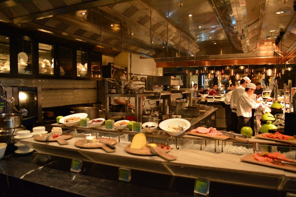 Hong Kong   Luxury Lunch treat at W Hotel\'s Kitchen Restaurant ...
