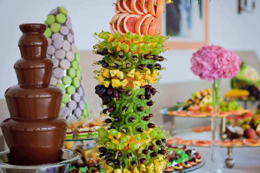 Fun-Food-Hire-London Chocolate Fountain Hire
