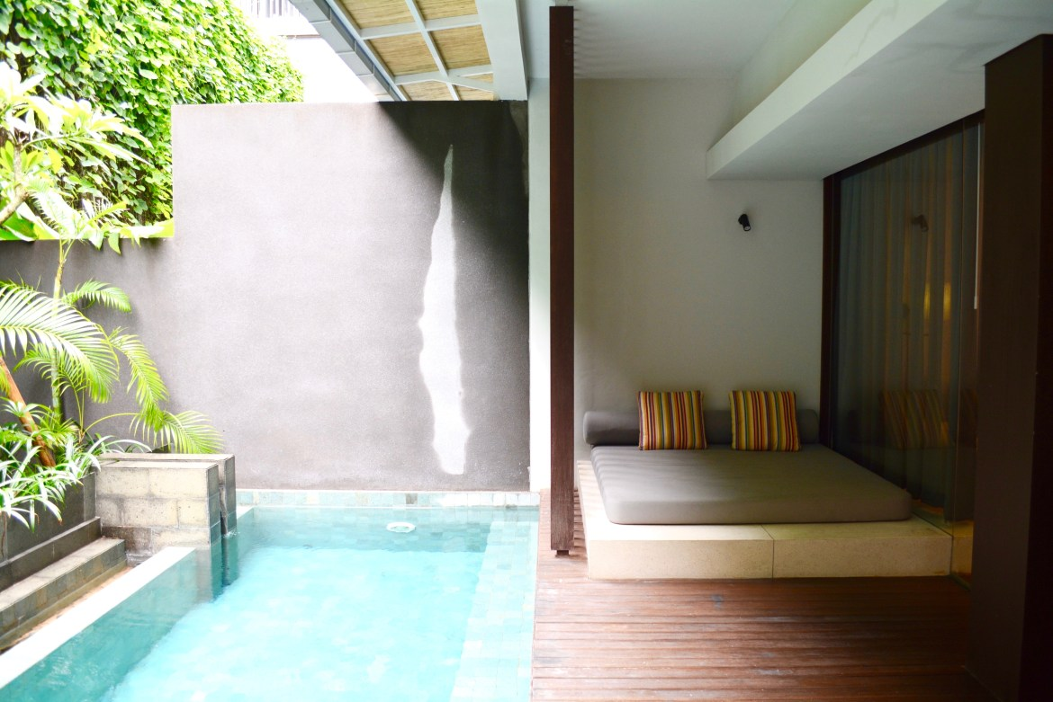 Luxury Hotels | A Private Pool Suite @ Watermark Hotel & Spa ...