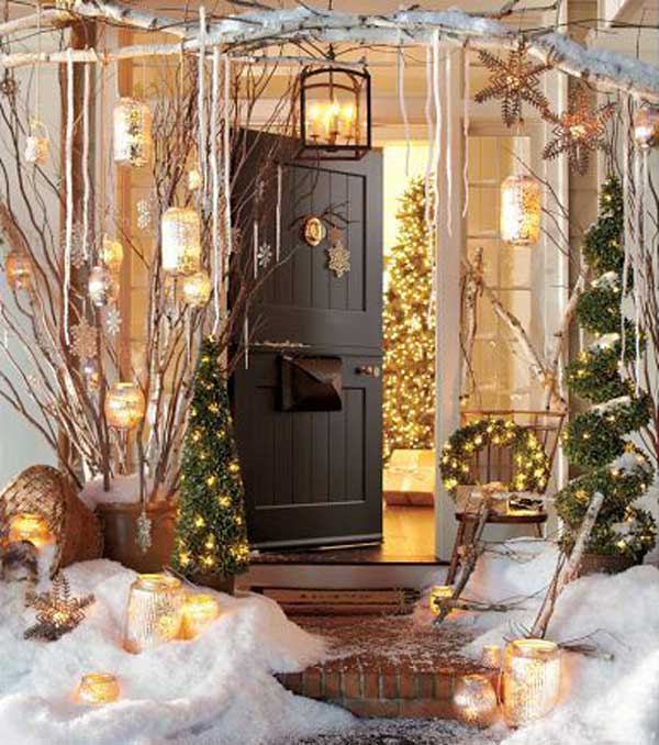 Decoration Captivating White House Applying Black Door With Green Red Front Porch Christmas Decorations Themes