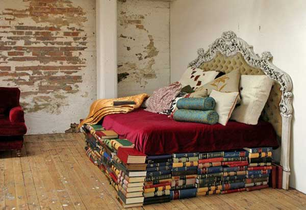 28 Things Every Bookworm Should Have in Their Dream Home ... on Small:gr1Vspvqs9Y= Bedroom Ideas  id=31111