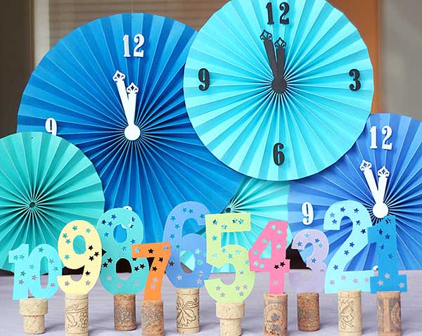 Top 32 Sparkling DIY Decoration Ideas For New Years Eve Party     diy new year eve decorations 1