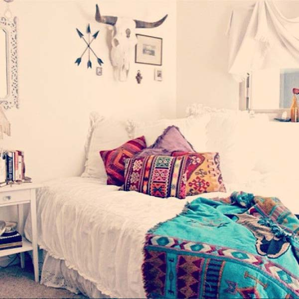 35 Charming Boho Chic Bedroom Decorating Ideas   Amazing DIY     charming boho bedroom ideas 6