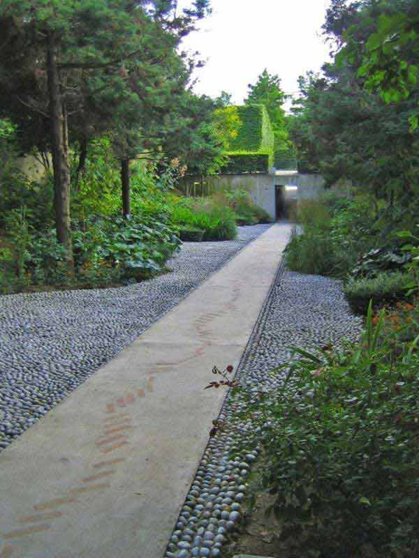 41 Inspiring Ideas For A Charming Garden Path - Amazing ... on Backyard Walkway Ideas id=84556