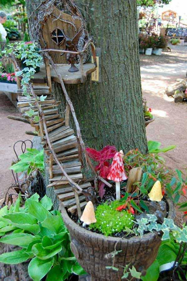 34 Easy and Cheap DIY Art Projects To Dress Up Your Garden ... on Handmade Diy Garden Decor  id=24646