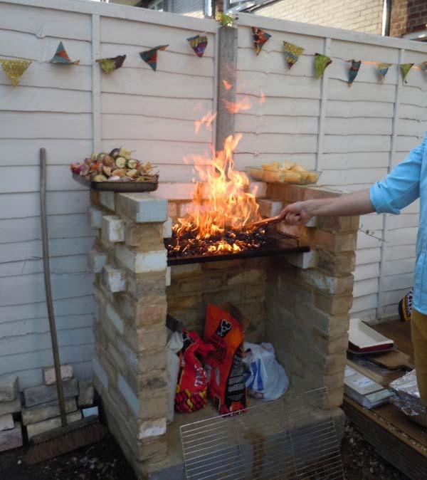 Cool DIY Backyard Brick Barbecue Ideas - Amazing DIY ... on Backyard Masonry Ideas id=55074