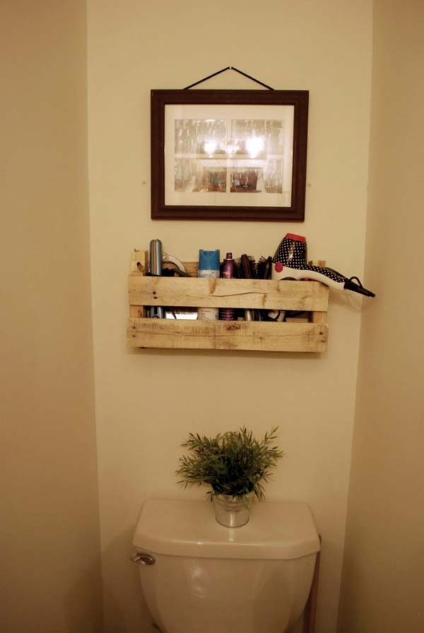 The Best 24 DIY Pallet Projects for Your Bathroom ... on Contemporary:kkgewzoz5M4= Small Bathroom Ideas  id=21006