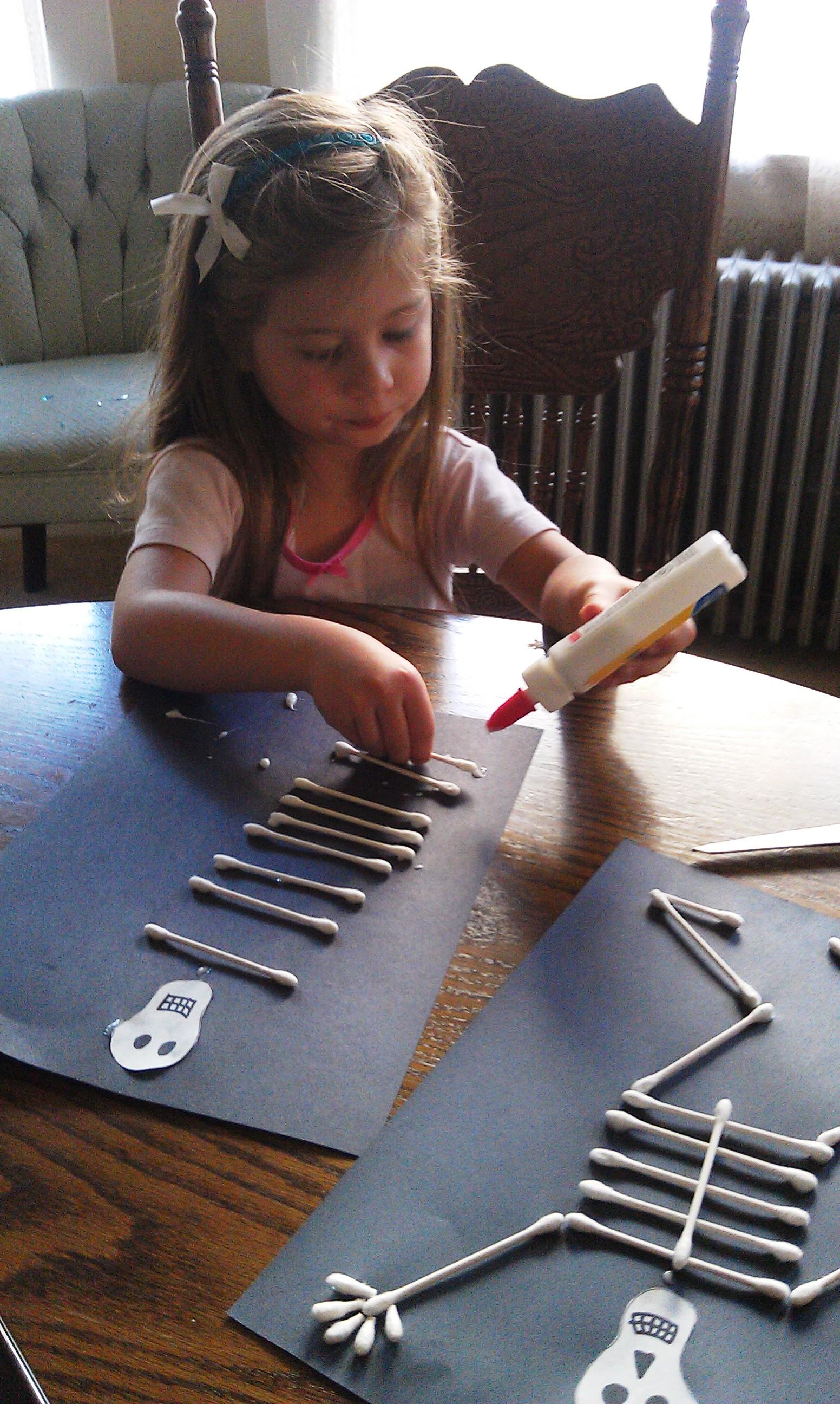 Dem Bones Craft Project