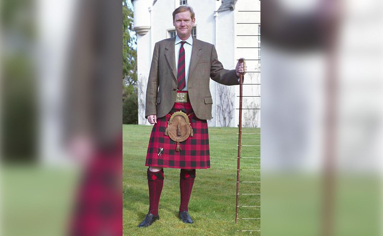 Clan Chief, Sir Malcolm MacGregor of MacGregor