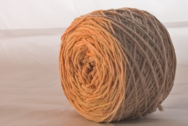 On the beige-ish side of yellow - Hug sock yarn from The Yarn Yard
