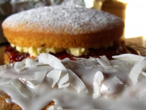 Victoria Sandwich and Impromptu Cocomut Cocktail cake