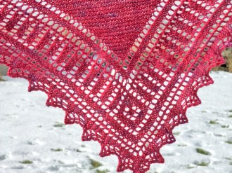A simple geometric border makes this shawl eminently wearable