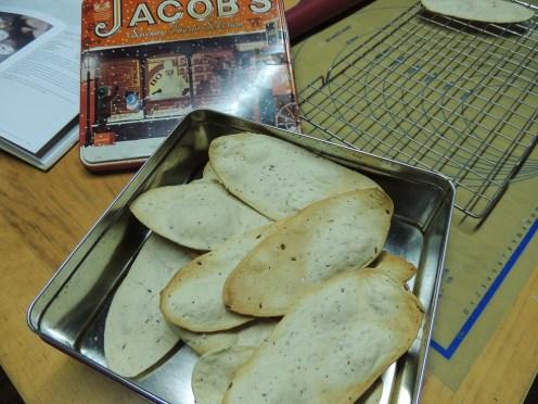 Giant crackers