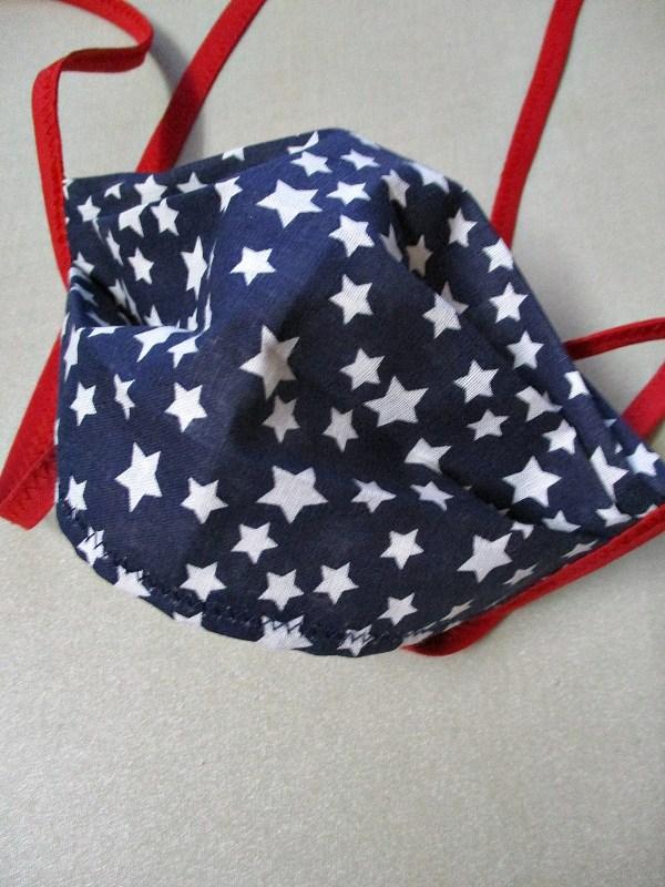 Gesichtsmaske Sternenhimmel marineblau-rot Sterne