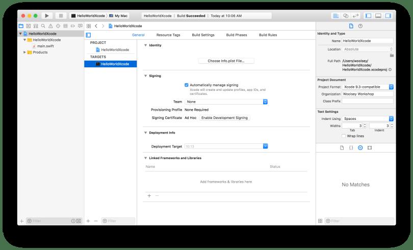Xcode HelloWorldXcode Project Target Window